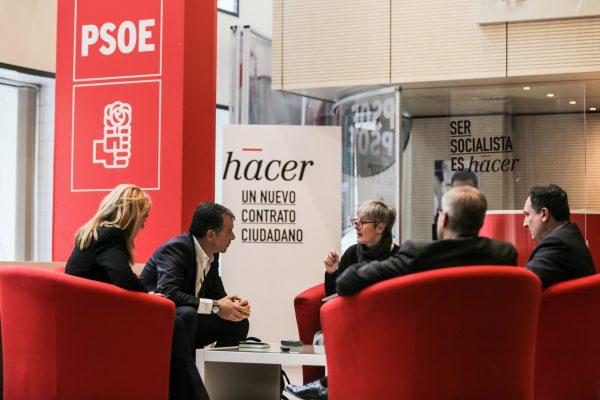 Στα κεντρικά του PSOE